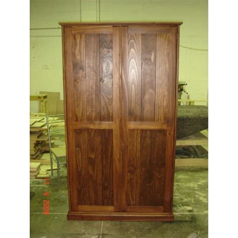 Customised Wardrobes by Woodpia Custom Wardrobe 1