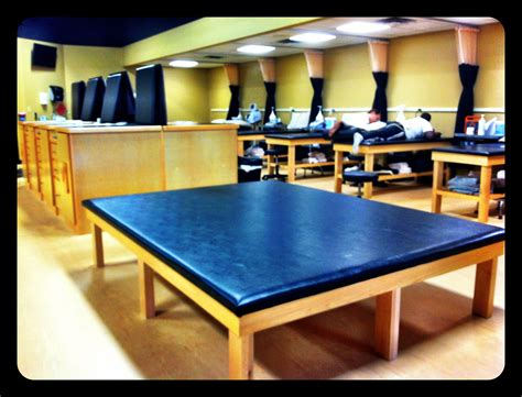 stretching table jim citty athletic training complex everydayimhusm