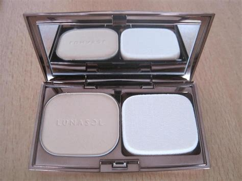 Lunasol Powder kanebo lunasol skinfusing powder foundation reviews
