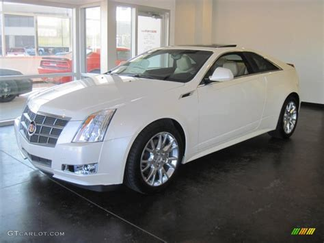 white cadillac cts coupe 2011 white tricoat cadillac cts coupe 38413087