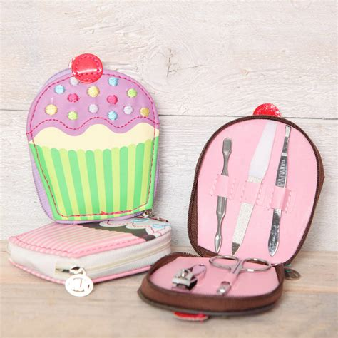 Manicure Set Souvenir cupcake manicure and tweezer gift set by berry apple