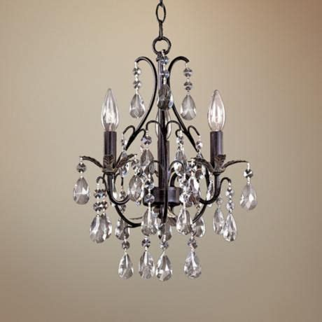 Mini Chandelier For Closet by 17 Best Ideas About Mini Chandelier On Small