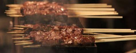 spiedini come cucinarli arrosticini abruzzesi originali come sono fatti come