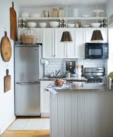 kitchens ideas for small spaces 25 space saving small kitchens and color design ideas for
