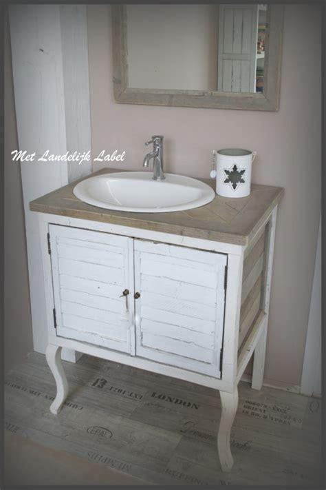 showroommodel design badkamermeubel te koop 25 beste idee 235 n over dressoir wastafel op pinterest