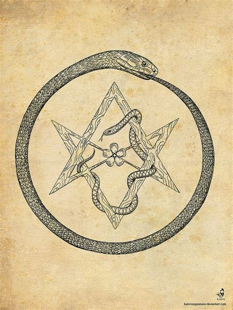 uroboro tattoo pinterest hexkaba seeeeeee pinterest serpents sorcellerie et