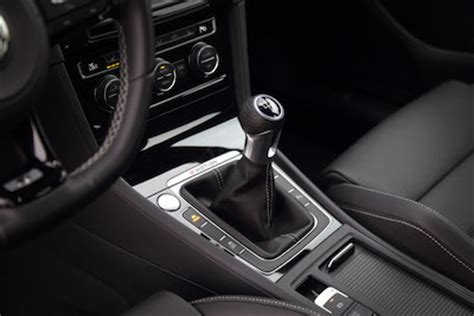 Volkswagen Golf Auto Hold by Review 2016 Volkswagen Golf R Canadian Auto Review