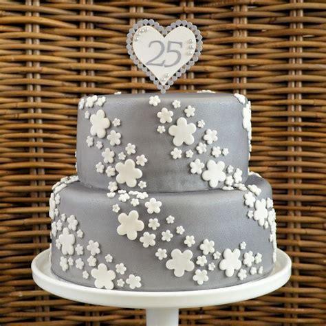 25 jaar getrouwd sieraden meer dan 1000 idee 235 n over zilveren cupcakes op pinterest