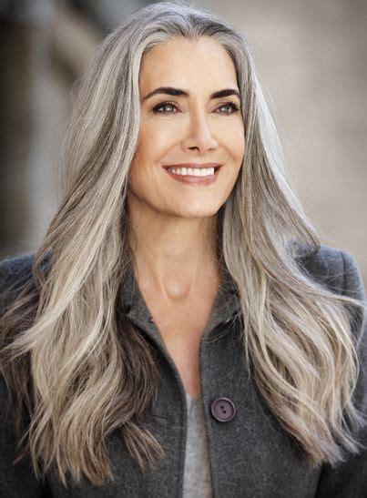 50 gray haired women on a bus bildergebnis f 252 r long grey haired women over 50