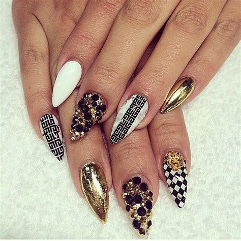 imagenes de uñas rojas picudas m 225 s de 1000 im 225 genes sobre stiletto nails nail trends