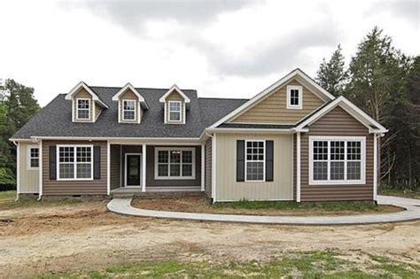 custom designed 1 5 story home http www sedgewickhomes