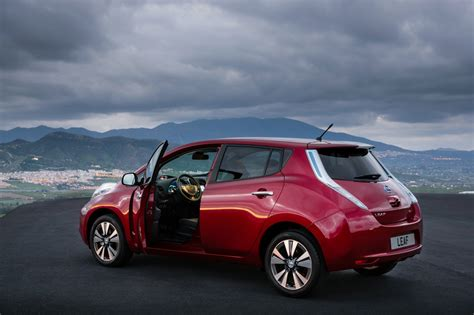 Nissan Leaf In Canada Plotting The Changes 2014 Nissan Leaf Expected To Launch