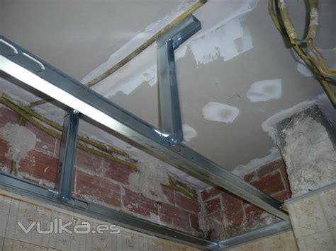 foto preparacion de estructura  falso techo