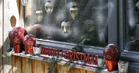 ideas para decorar ventanas exteriores en navidad decorablog revista de decoraci 243 n