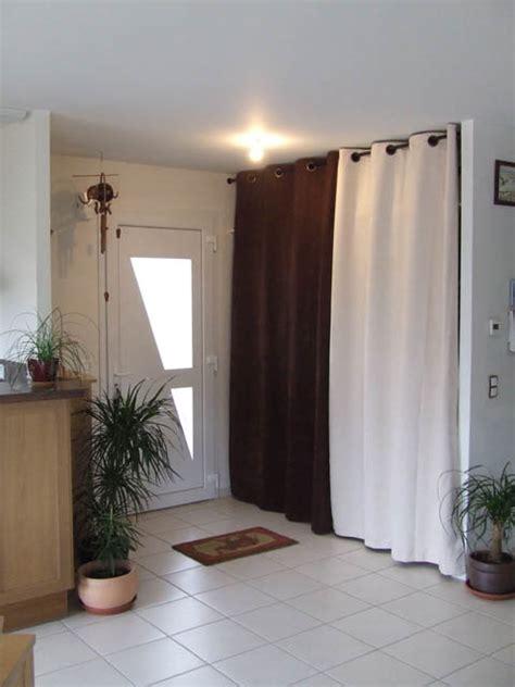 rideaux pour placard de chambre placard avec rideaux