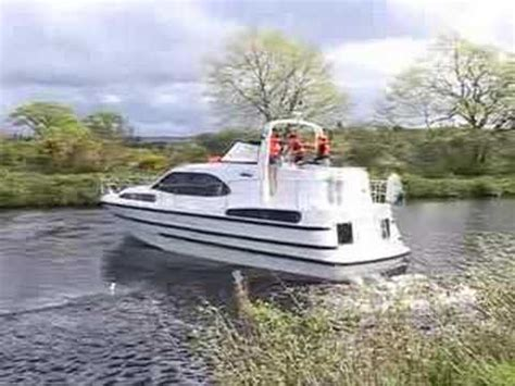 deck boat handling caley cruisers boat handling youtube