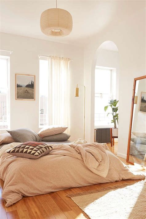 warm colors for a bedroom best 25 warm bedroom ideas on warm bedroom