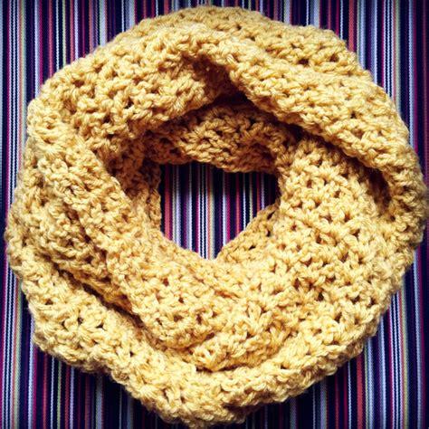 crochet v stitch infinity scarf pattern make and takes