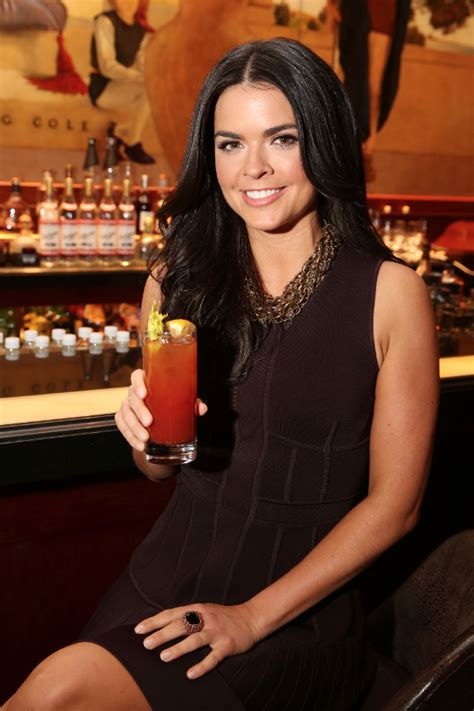 hot chick food network katie lee serves up diy beauty tricks and healthy recipes