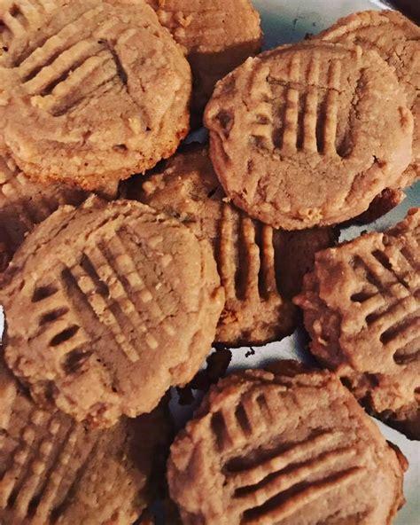 Peanut Butter Cokkies Ketofy recipes