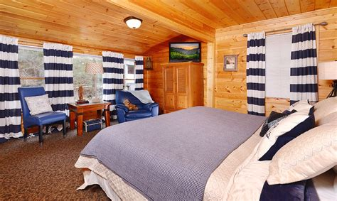 11 bedroom cabins in gatlinburg gatlinburg cabin rentals a poolin around cabin