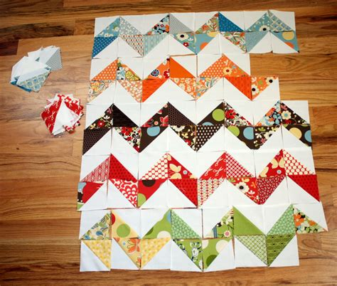 zig zag quilt pattern using triangles playing with half square triangles diary of a quilter
