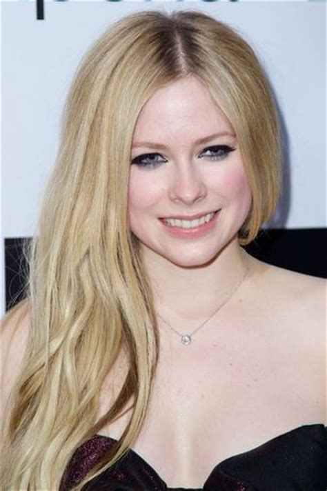 hair colors for pale skin and blue best hair color for blue and fair skin pale skin