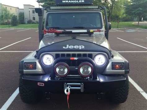 rubicon jeep modified 2004 jeep wrangler rubicon 2 door lifted custom bumpers