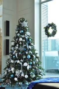 Christmas Decor Front Door Ideas 35 Silver And Blue D 233 Cor Ideas For Christmas And New Year