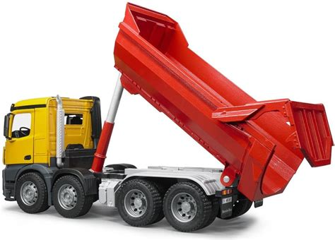 bruder garbage truck the mb arocs halfpipe dump truck from the bruder truck