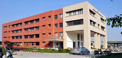 Government For Mba In Delhi by Jaipuria School Of Business Indirapuram Ghaziabad Jaipuria