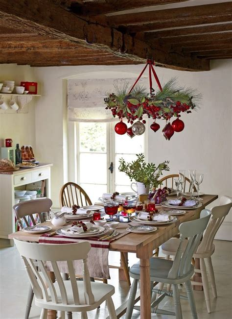 dining room table decorating ideas pictures 37 stunning christmas dining room d 233 cor ideas digsdigs