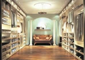 traum kleiderschrank luxus begehbarer kleiderschrank bedarf oder verw 246 hnung