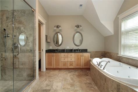 Bathroom Seen In 40 Luxurious Master Bathrooms Most With Bathtubs
