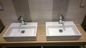 badezimmer waschbecken badezimmer fliesen m 246 bel armaturen trockenbau