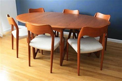 Meja Aquarium Kayu Minimalis model desain meja makan kayu jati minimalis terbaru terbaik