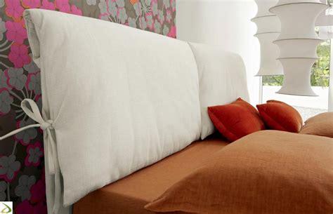 cuscini testata letto letto imbottio con cuscini testiera maise arredo design