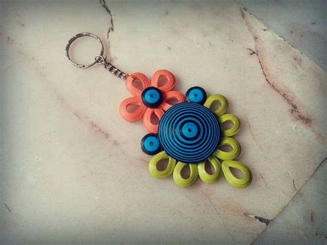 paper quilling keychain tutorial 82 best images about paper quilling key chains on