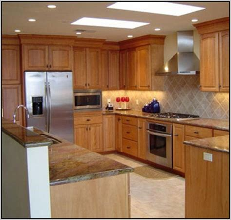 paint colors for kitchens with light maple cabinets best