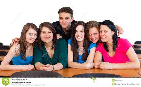 imagenes libres estudiantes estudiantes felices foto de archivo imagen de muchacha