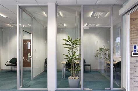 glass offices doors glass office dividers walls avanti systems usa