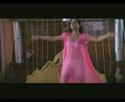 bathroom hot song indian actresses filmi masala vidio daily updates page 70