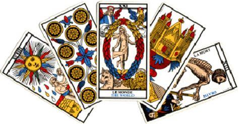 preguntas que puedo hacer al tarot la mejor manera de preguntar en el tarot del amor magia