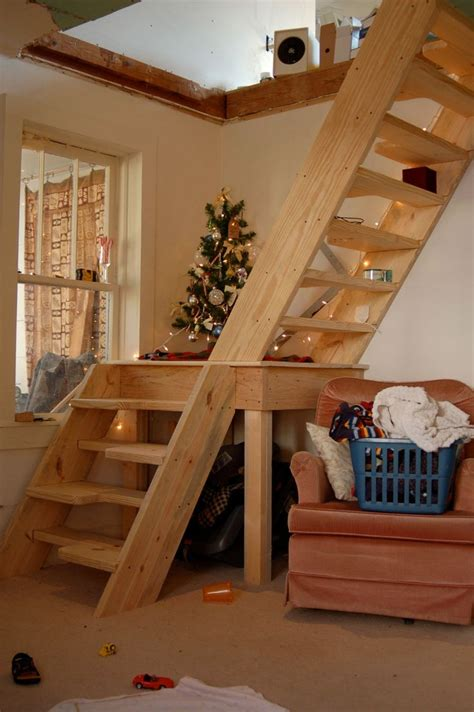 Stairs For Small Spaces More Custom Stairs For Small Spaces Idee Per La Casa