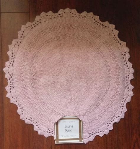shabby cottage chic soft pink bath rug crochet scallop edge new