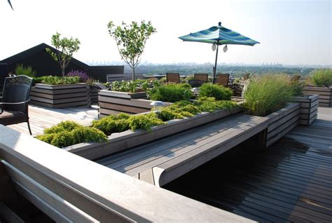 25 Beautiful Rooftop Garden Designs To Get Inspired Garden Design Nyc