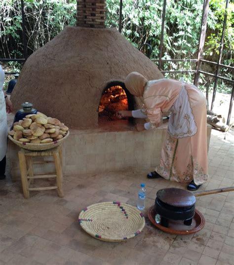 sign outdoor oven wood oven pizza oven outdoor