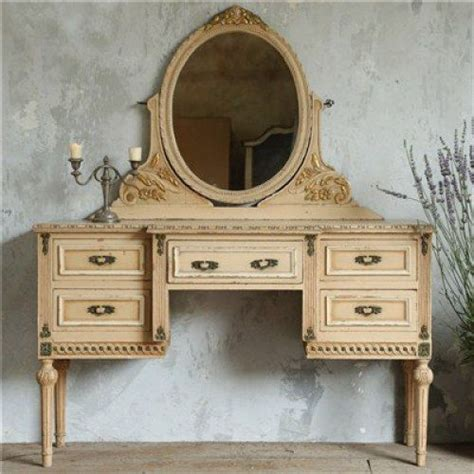 A Vintage Vanity by 89 Best Images About Vanities Dressing Tables On