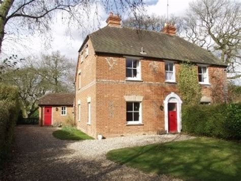 kate middleton home kate middleton s childhood home to be auctioned in june