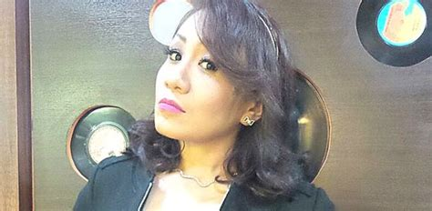 amelina secangkir madu merah ratu dangdut amelina buat comeback sensasi selebriti